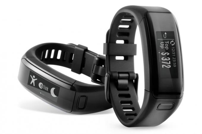 The Garmin vívosmart HR with EZ-Link
