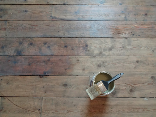 using wax on floorboards