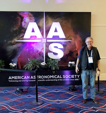 Resident Astronomer attends the AAS 231st meeting in Washington, DC
