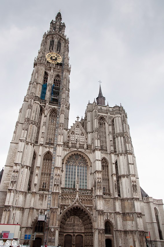 Vista de la catedral de Amberes