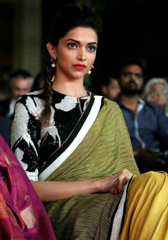 Deepika-Padukone-Beautiful-Saree-Photos