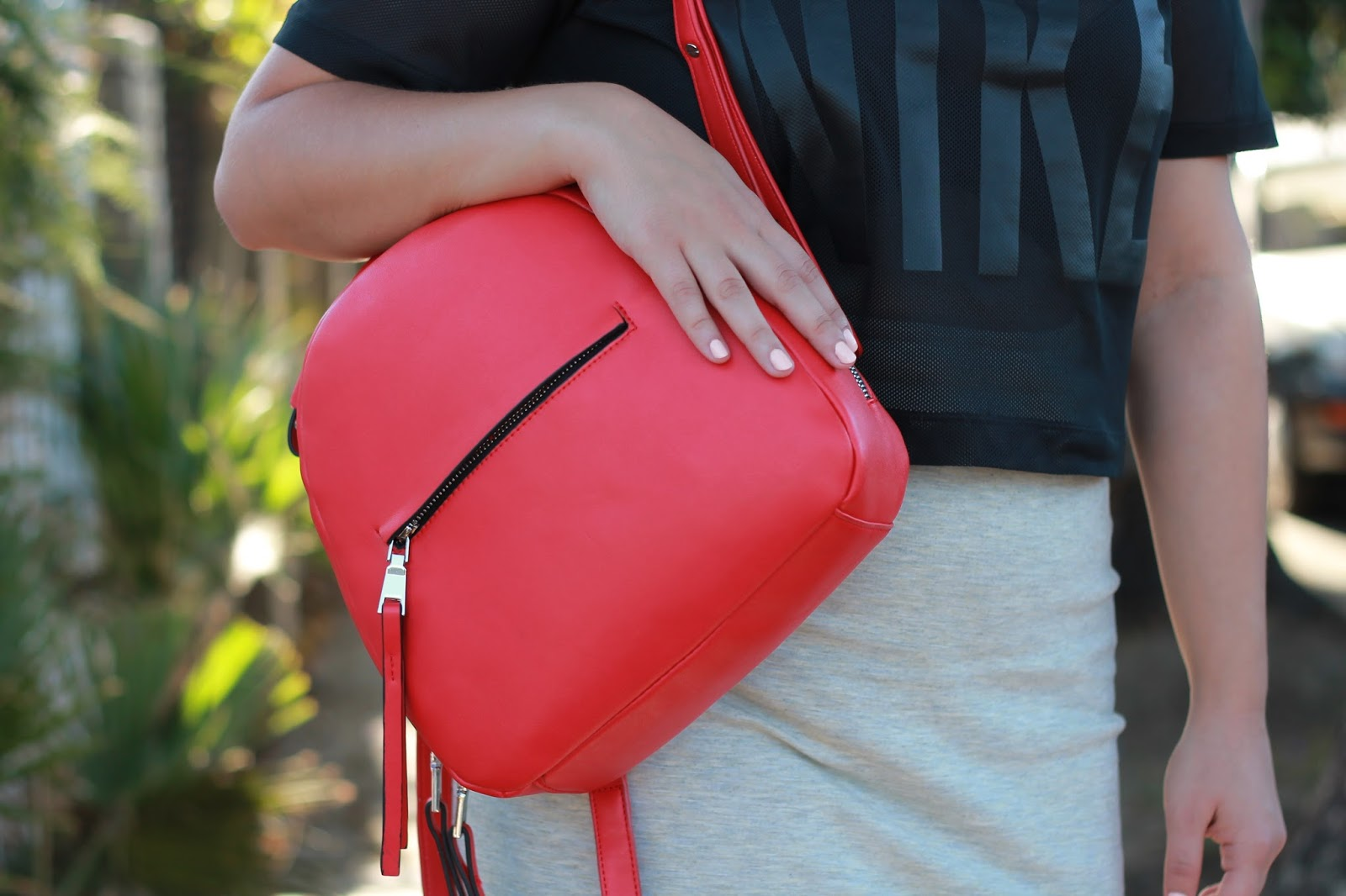 zara-basic-red-backpack-1