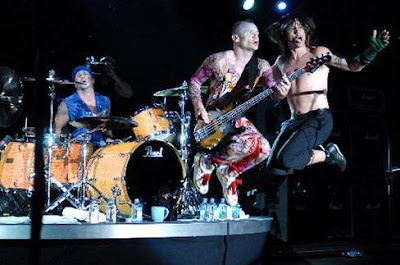 Foto de Red Hot Chili Peppers en su presentación