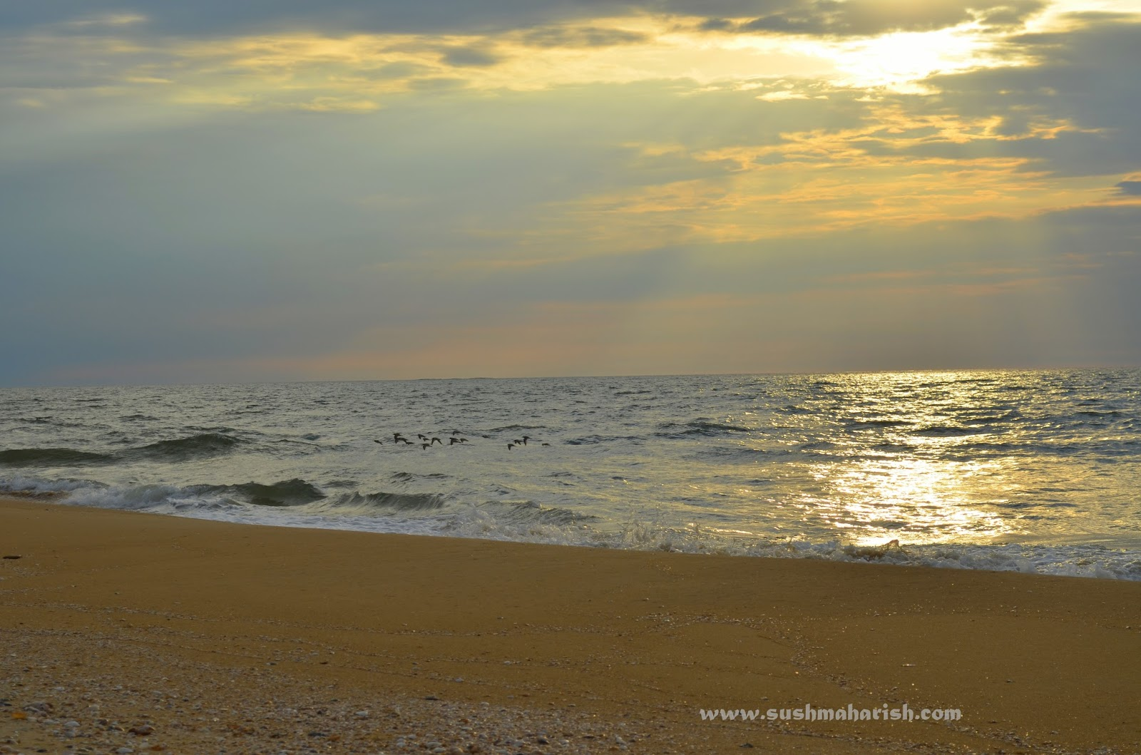 Two Best Beaches Of Udupi - Bengre The Silent Estuary And The Swarming Malpe 8