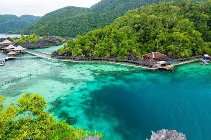 10 Tempat Wisata Bahari di Sulawesi Tenggara yang Bikin Kamu Tidak Mau Pulang