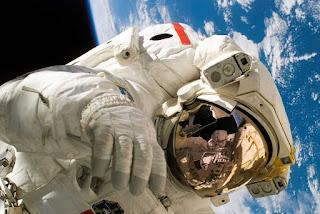 NASA Uji Coba Obat Penguat Massa Otot Astronot