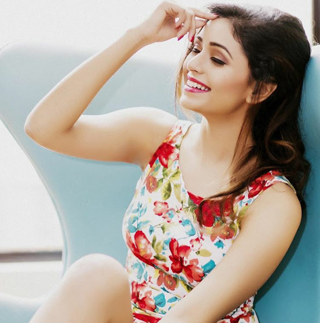 Ritabhari Chakraborty cute Photo