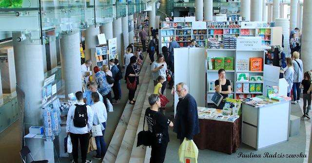 W Białymstoku dwa razy w roku odbywają się Międzynarodowe Targi Książki. Jeden jest organizowany wiosną, a drugi jesienią. Odbywają się one W Operze i Filharmonii Podlaskiej.