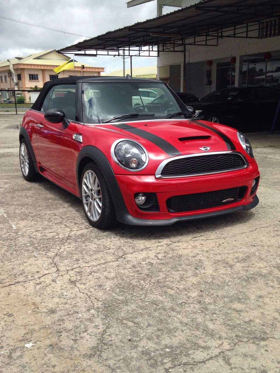brunei friends ride for sale mini cooper jcw cabriolet r57. Black Bedroom Furniture Sets. Home Design Ideas