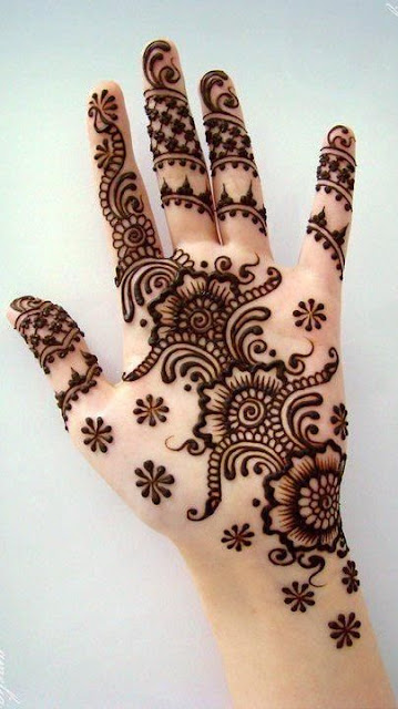 Latest Pakistani Mehndi Designs For Hands Palm