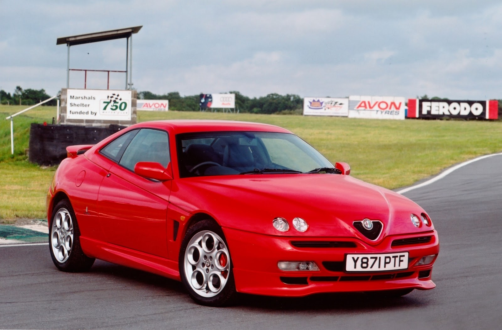 Automotive Database: Alfa Romeo GTV & Spider