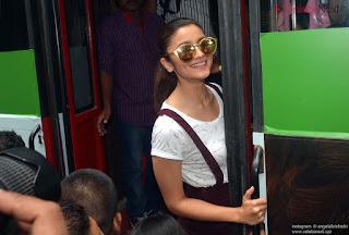 Bollywood Doll Alia Bhatt super cute pics   .xyz Exclusive 012.jpg