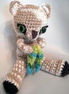 http://es.scribd.com/doc/48753314/Pisces-Kitten