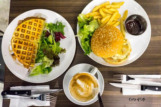 3 Leg Cat Cafe @ Golden Triangle, Relau, Penang
