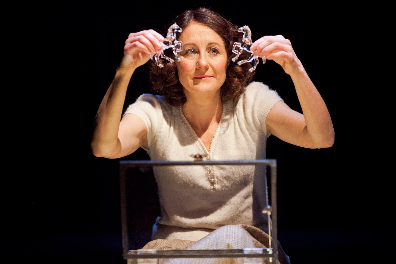 oh laura the glass menagerie I turn around and look into her eyes oh, laura, laura you've reached the hub for any and all dramatica analysis of the glass menagerie.