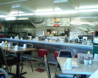 looking inside the Missouri River Diner in Great Falls Montans