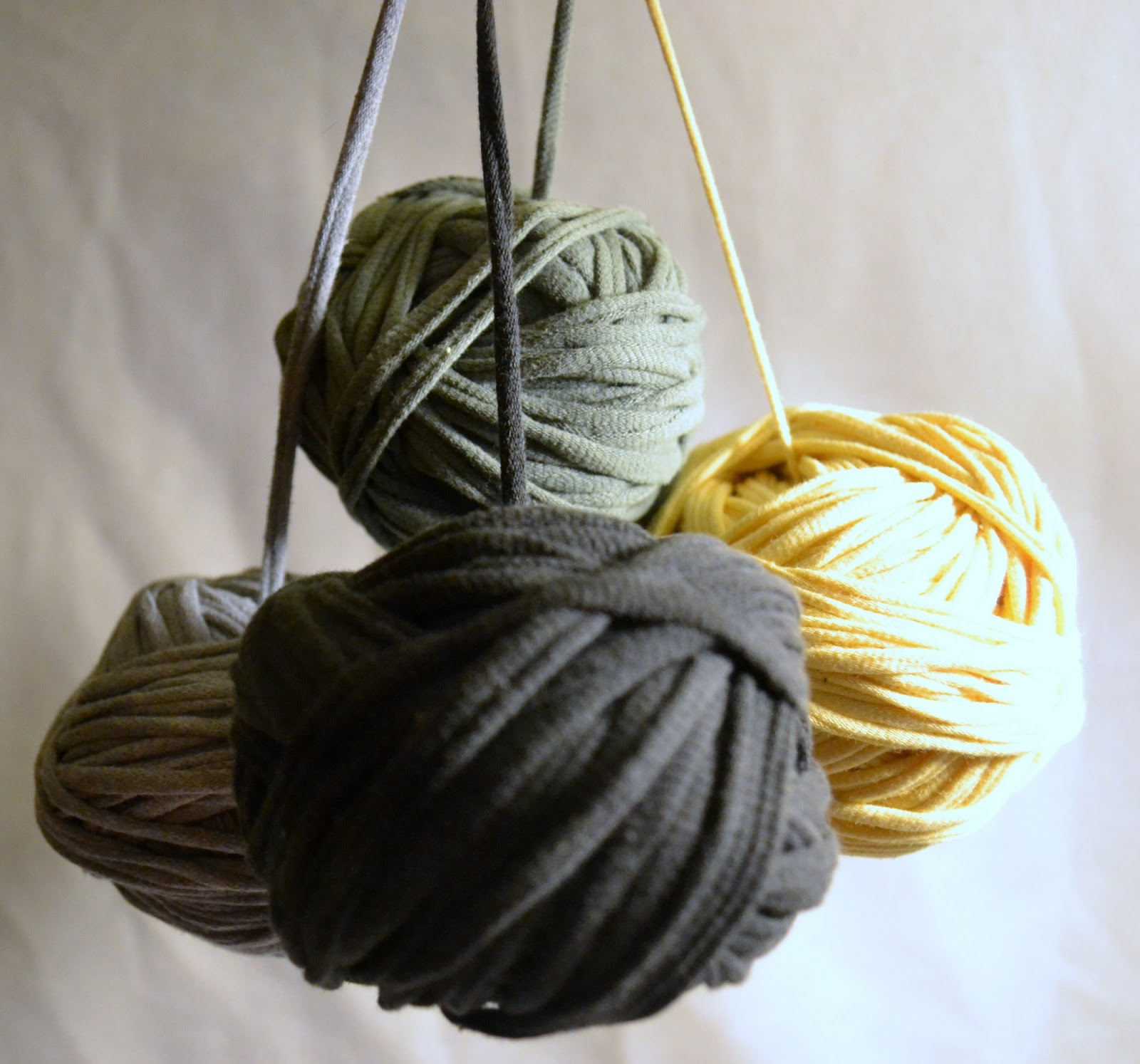 The Upcycling Nanny Upcycled T Shirt Yarn Center Pull Ball