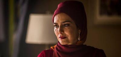 Soraia (Leticia Sabatella) em cena da novela das seis da Globo; personagem fugirá para se libertar do marido