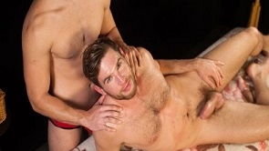 Adam Zrzek – MASSAGE
