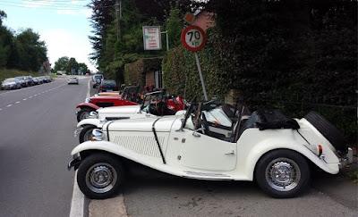 As rodas originais do MP Lafer não puderam desembarcar na Europa junto com os carros, que adotaram rodas da Volkswagen.