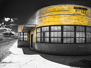 yellow art deco train station, nyssa idaho