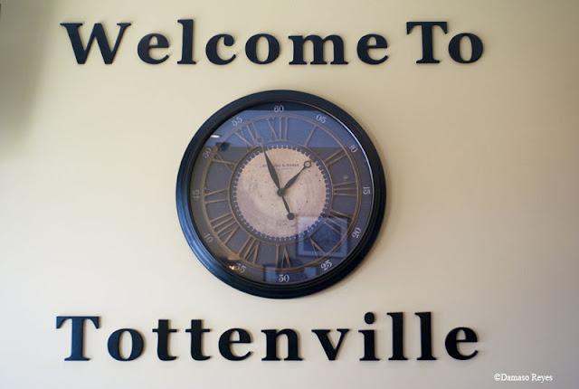 Tottenville clock