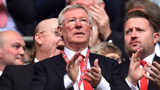 Les deux questions de Sir Alex Ferguson en sortant du coma qui prouvent son amour du foot