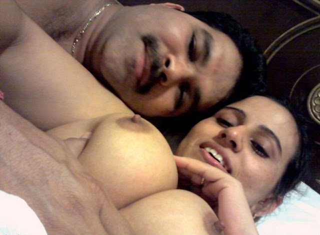 aunty ki choot mari,desi boobs of bhabhi,hot desi couple sex in bedroom