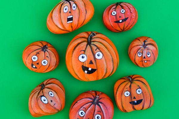 How To Paint Pumpkin Rocks I Love Painted Rocks - How to paint a pumpkin