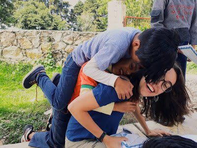 Leyre con los niños de la ONG de Mexico.
