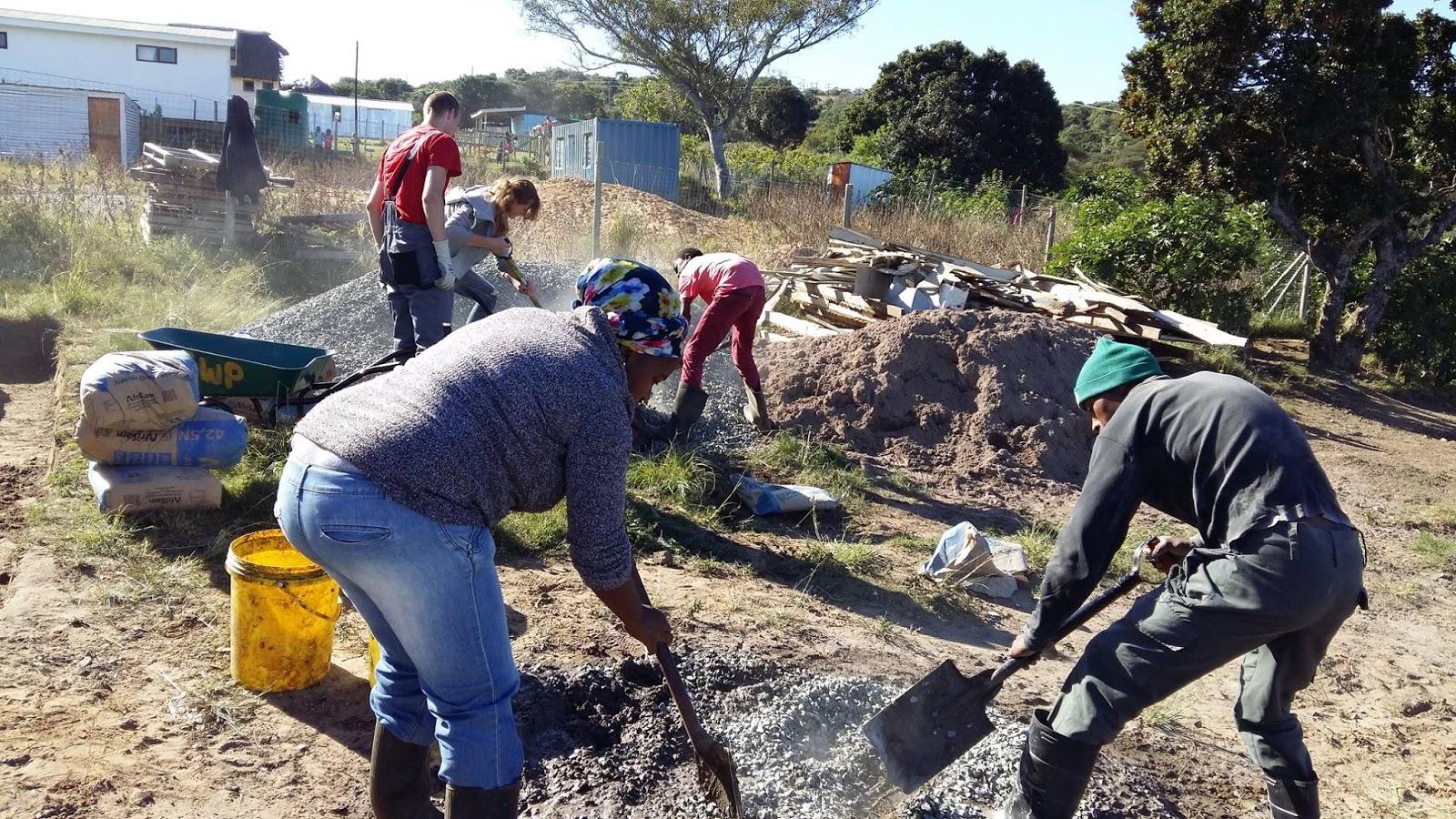Volunteer Africa Blog Volunteers Help To Build Chintsa