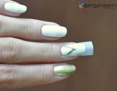 biało złote zdobienie paznokci