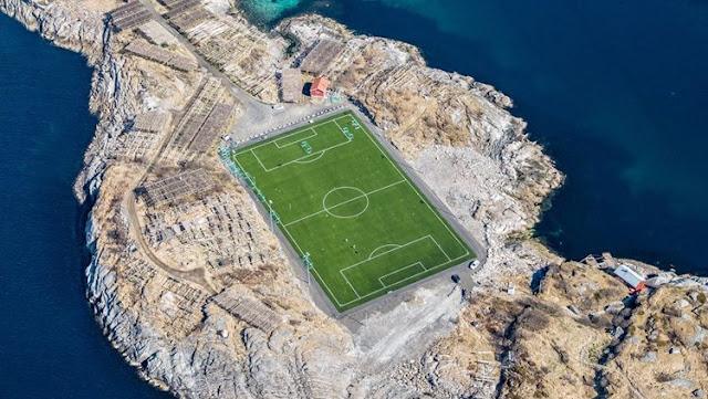 Bukan Camp Nou, Ini Stadion Sepakbola Terindah yang Instagramable