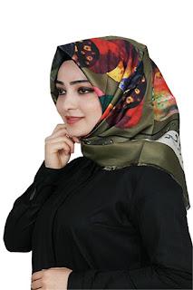 Ala Kadın'dan yeşil renk ipek eşarp modelleri
