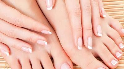 Setiap kaum laki-laki dan perempuan pastinya ingin mempunyai kulit yang putih dan higienis Cara Alami Memutihkan Kulit Tangan dan Kaki