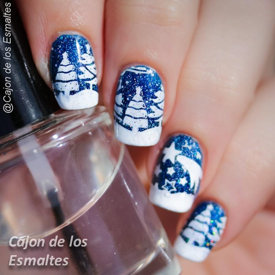 Uñas navideñas - Arboles nevados y estrellas