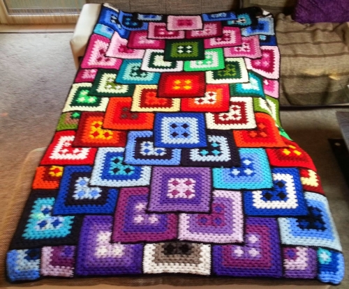 Crocheted Bedspread - Free Diagram