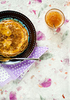 Τηγανίτες με φέτα, μέλι και λεμόνι  - by https://syntages-faghtwn.blogspot.gr