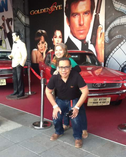 james bond film golden eye las vegas hollywood museum angkut malang wisata edukasi seru di kota batu jawa timur nurul sufitri blogger mom lifestyle pegipegi liburan tempat wisata indonesia