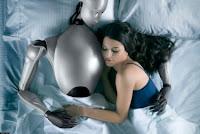 Mujer enamorada de un robot