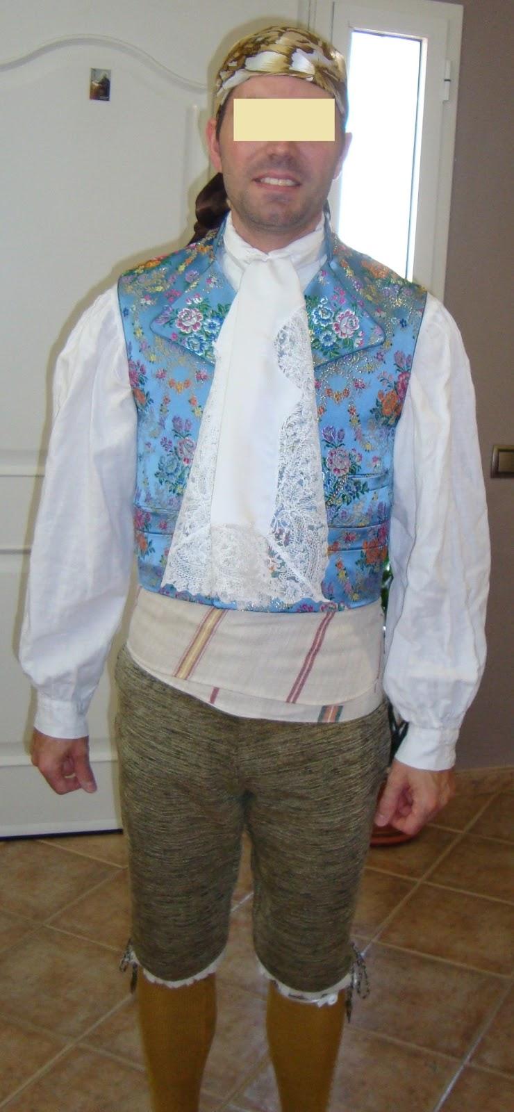 PRECIOSO TRAJE REGIONAL DE CABALLERO. Este traje lo he diseñado y  confeccionado para un gran amigo que 1f2d3536252