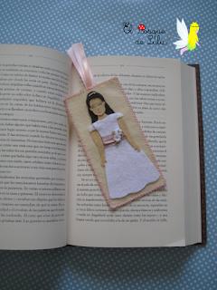 marcapáginas-comunión-punto-de-libro-personalizado-elbosquedelulu-hechoamanoparati-felt-fieltro-felt-muñeca-comunion-regalo