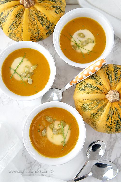 Crema vellutata di zucca facile e veloce ricetta light pumpkin soup veggie recipe