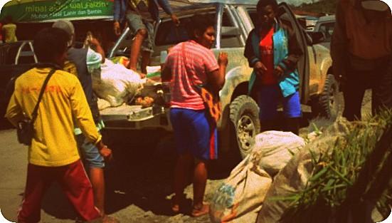 Petani Windesi Pasarkan Hasil Pertanian di Manokwari