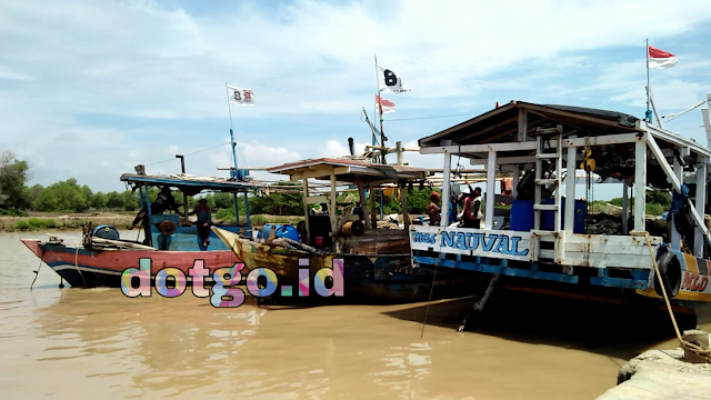 Tpi mina bahari dan perkampungan nelayan muara ciasem blanakan subang