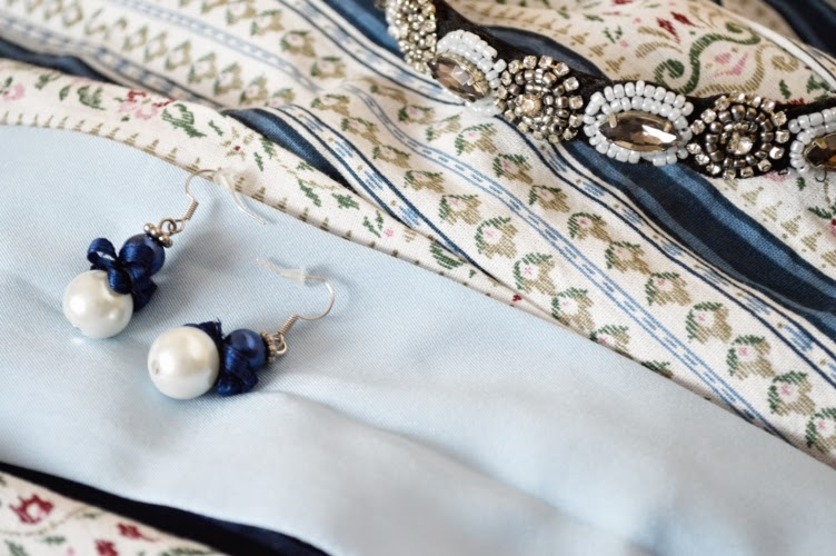 blue, detail, bead, hairband, earrings, pearl