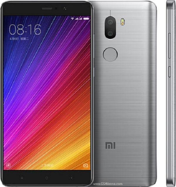 Xiaomi Mi 5s Plus còn được trang bị thêm cảm biến vân tay truyền thống tại mặt sau