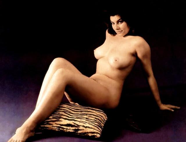 Adriane Barbeau Nude 70