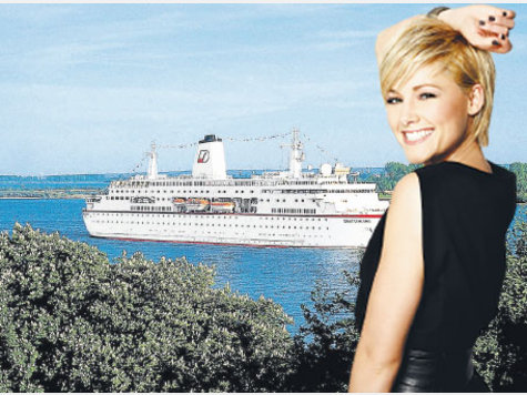 Helene Fischer Sails For Puerto Rico, USA on German Love