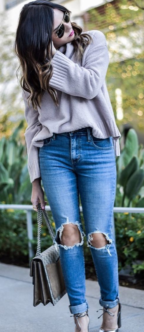 casual style obsession: top + bag + heels + rips